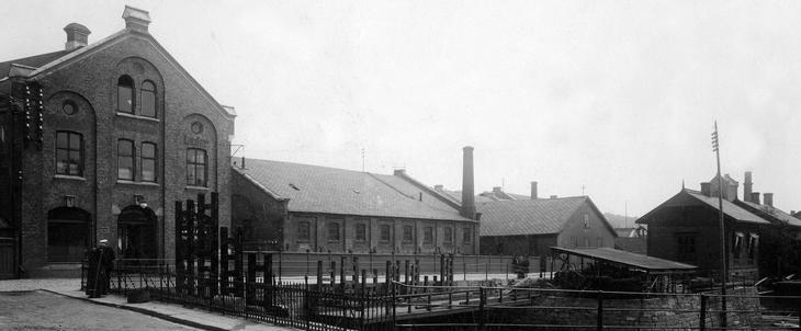 Norges først vannkraftverk Laugstol Bruk i Skien ca 1885